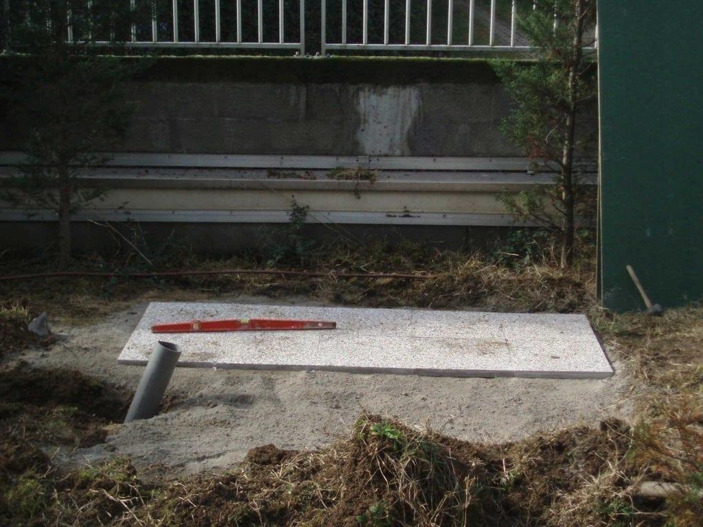 Pose de dalles en cours